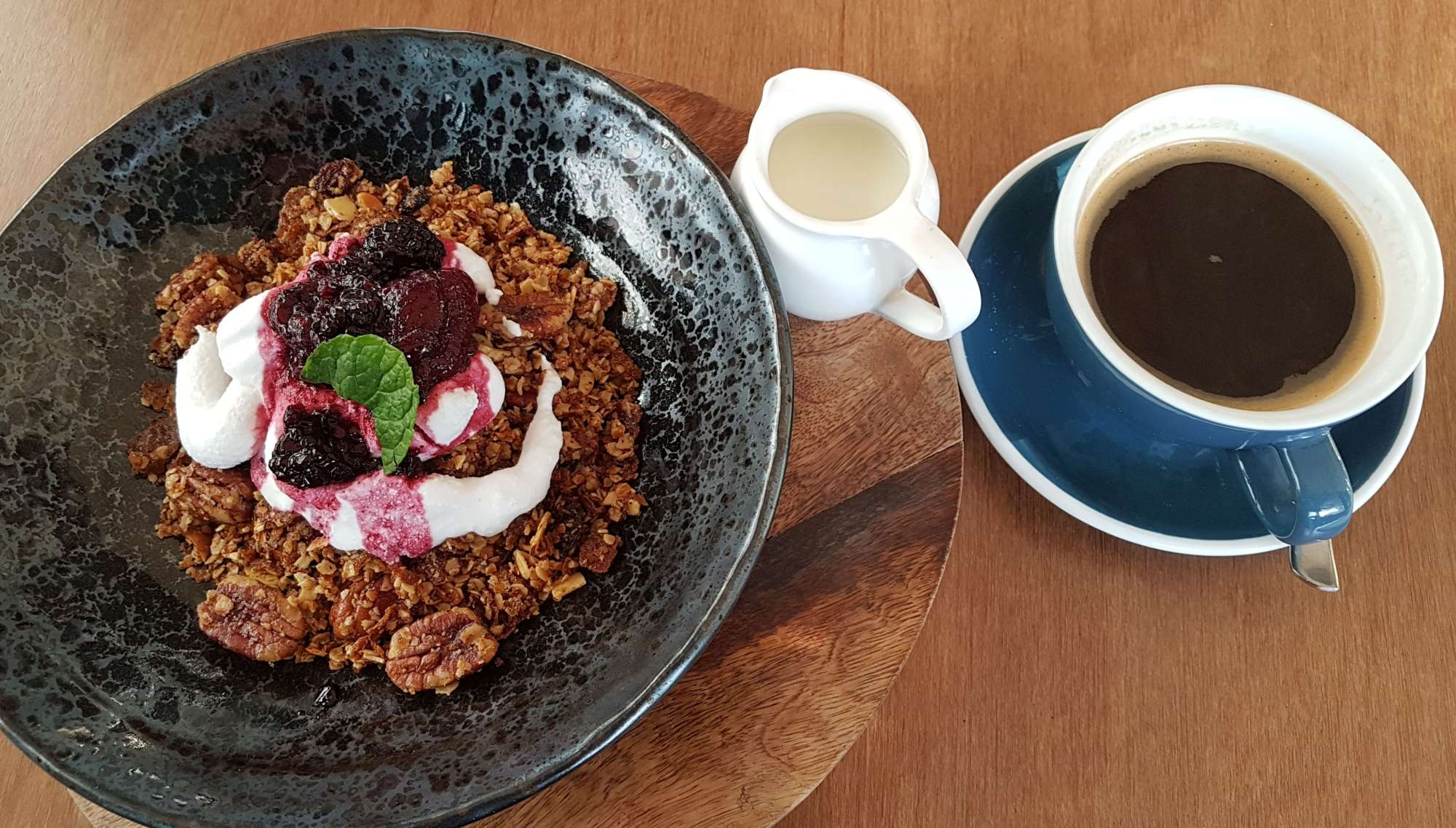 Eat Restaurant granola and coffee