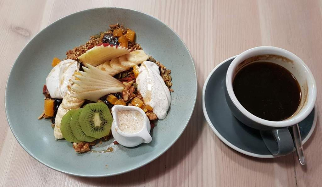Seize eatery muesli and coffee