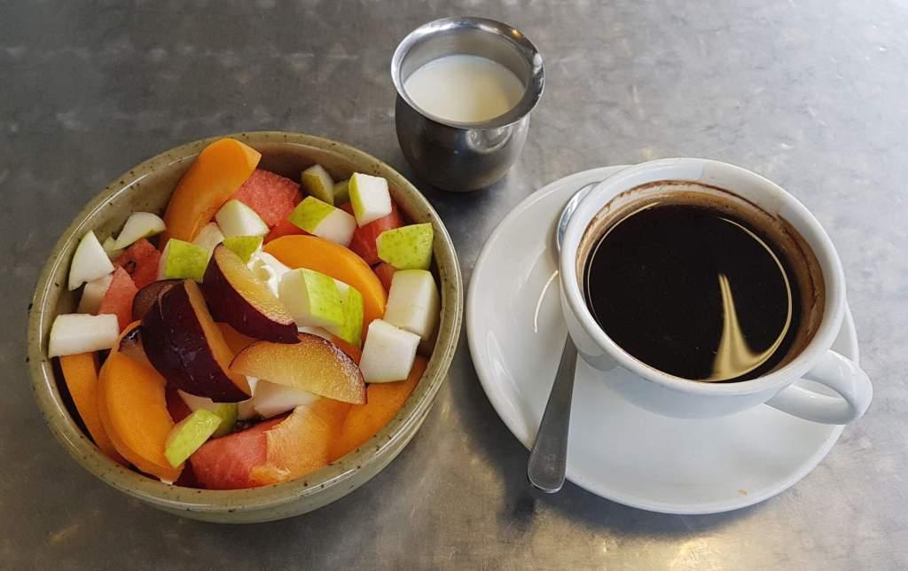 Dunsheas Deli granola and coffee