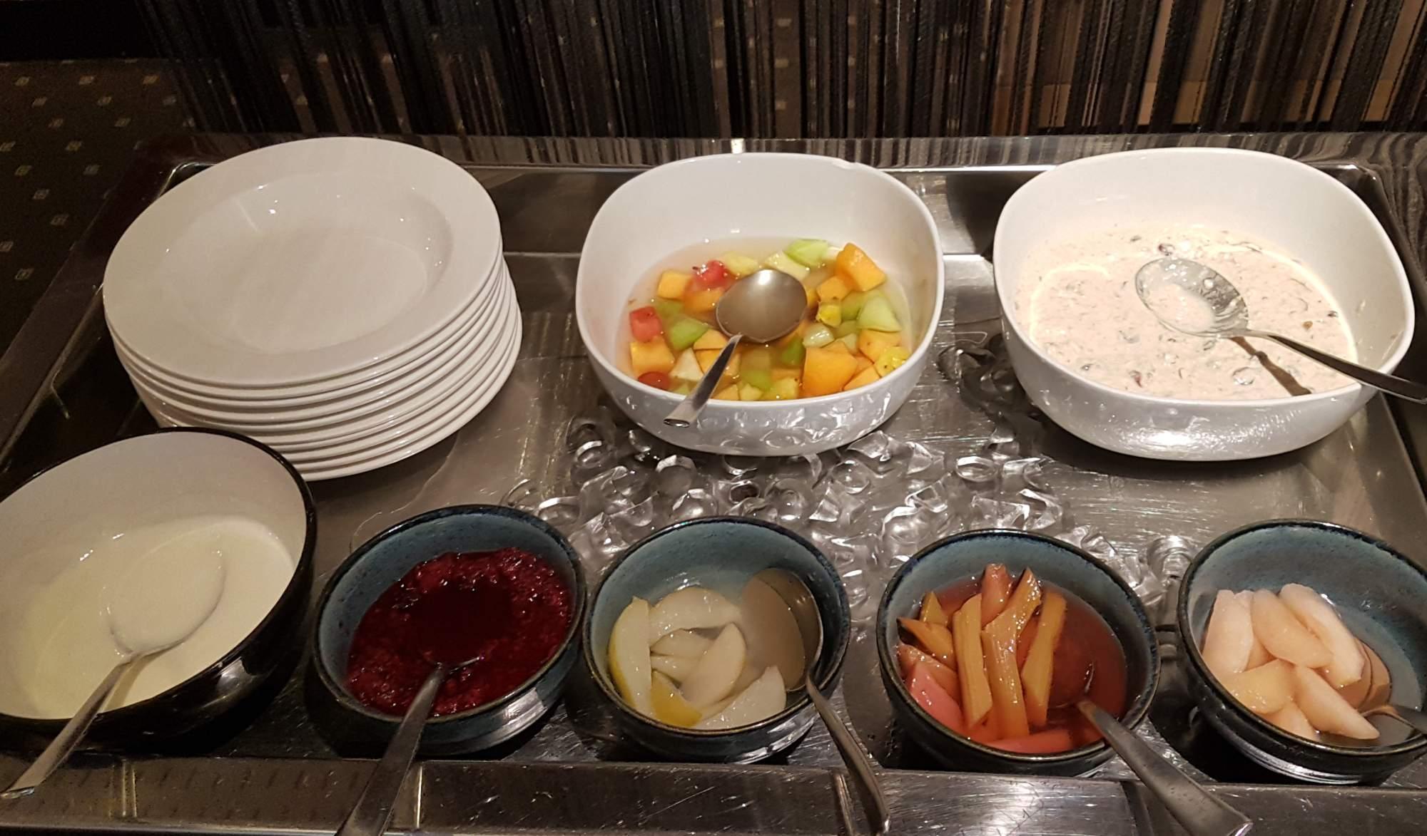 Artisan - bircher stewed fruit bar