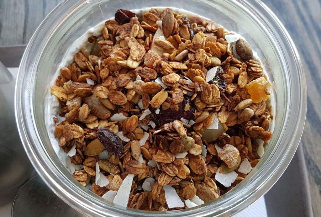 Mojo Poneke granola close up
