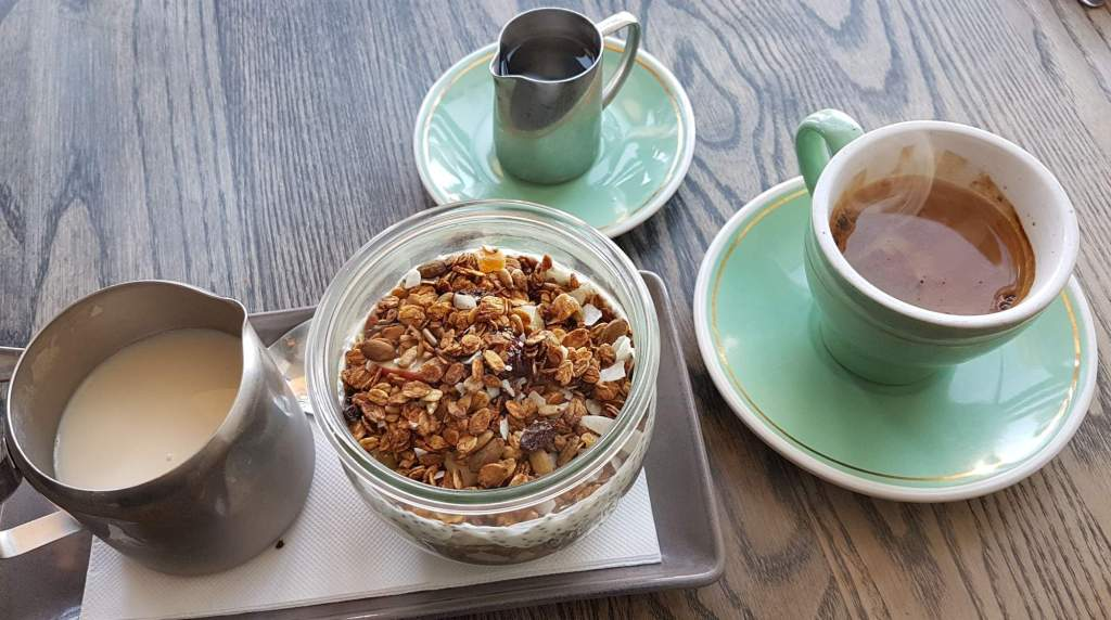 Mojo Poneke coffee and granola