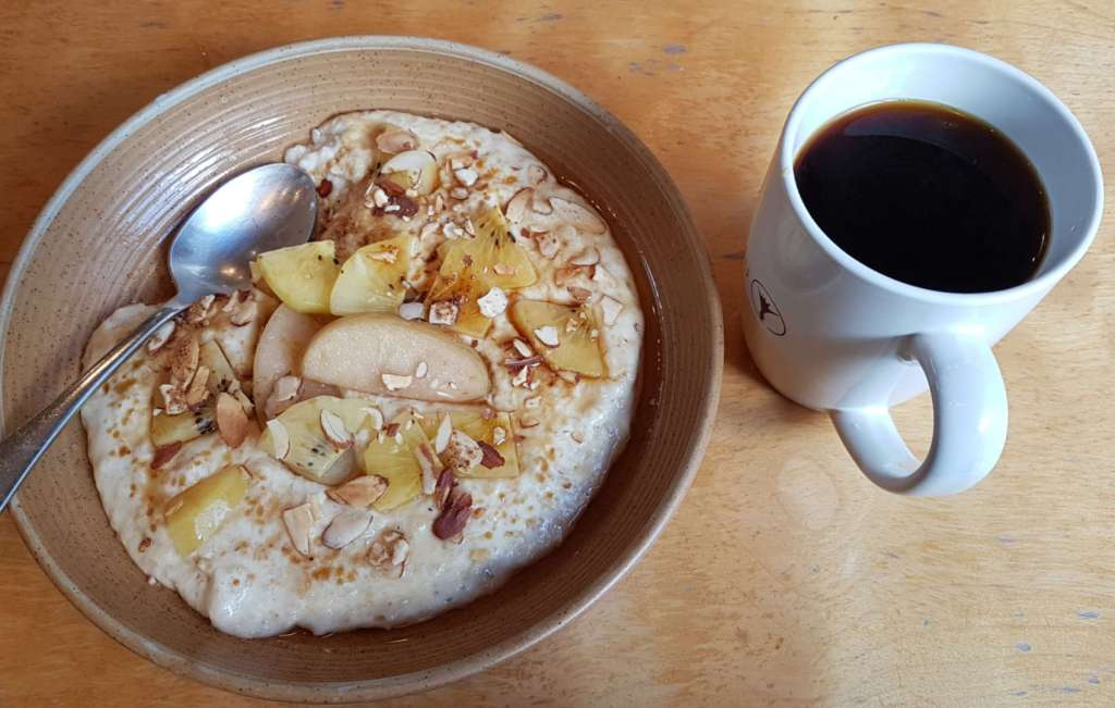Nikau - porridge and coffee
