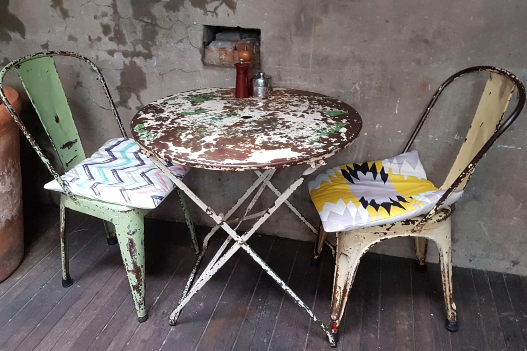 Olive Cafe - chairs
