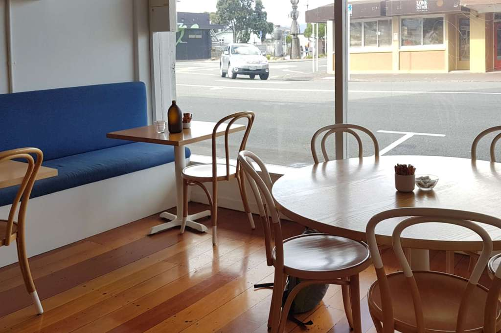 Comes and Goes - interior to Jackson St