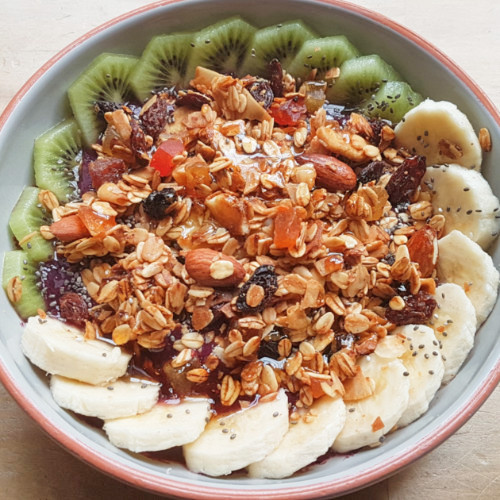 Willi's Kitchen - acai bowl square