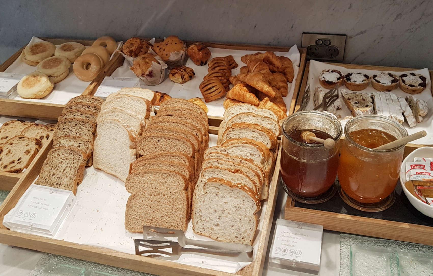 Chameleon - breads