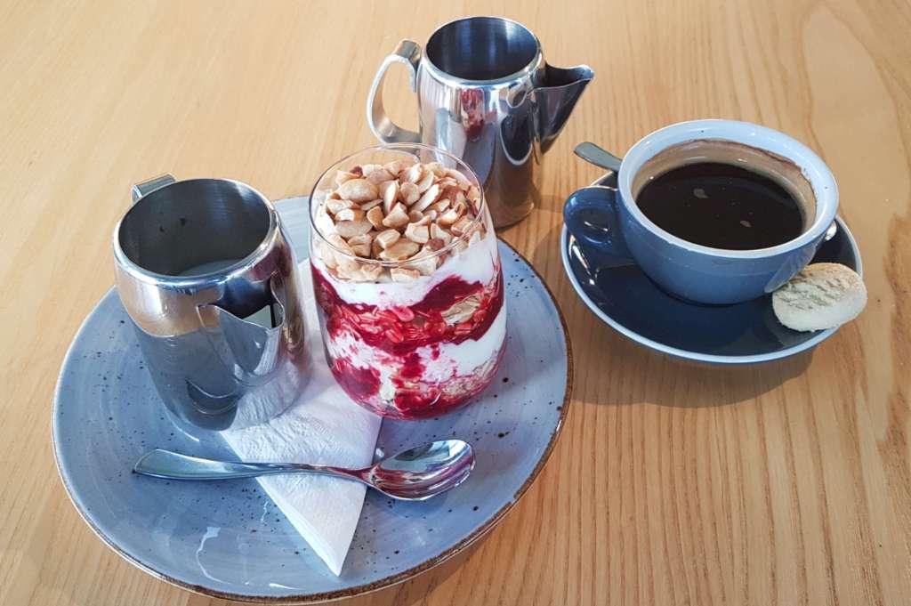 Tutaki muesli and coffee