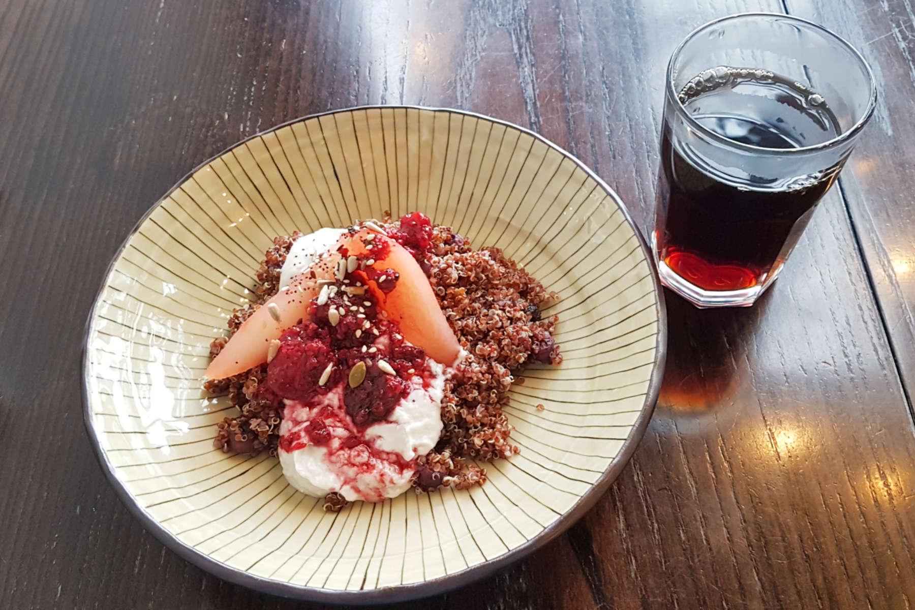 Aro Cafe - porridge and coffee