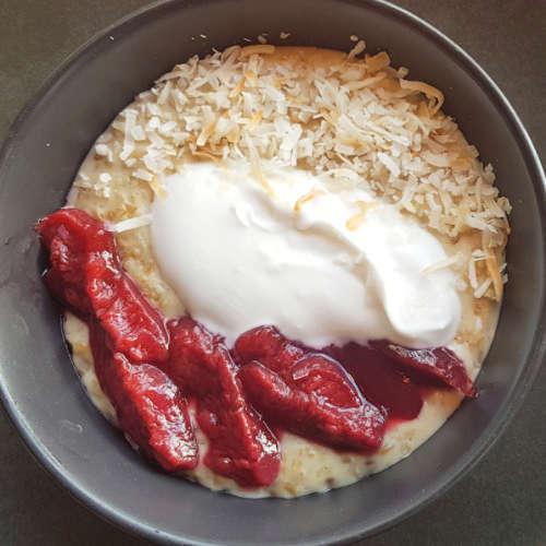 Beach Babylon porridge - square image