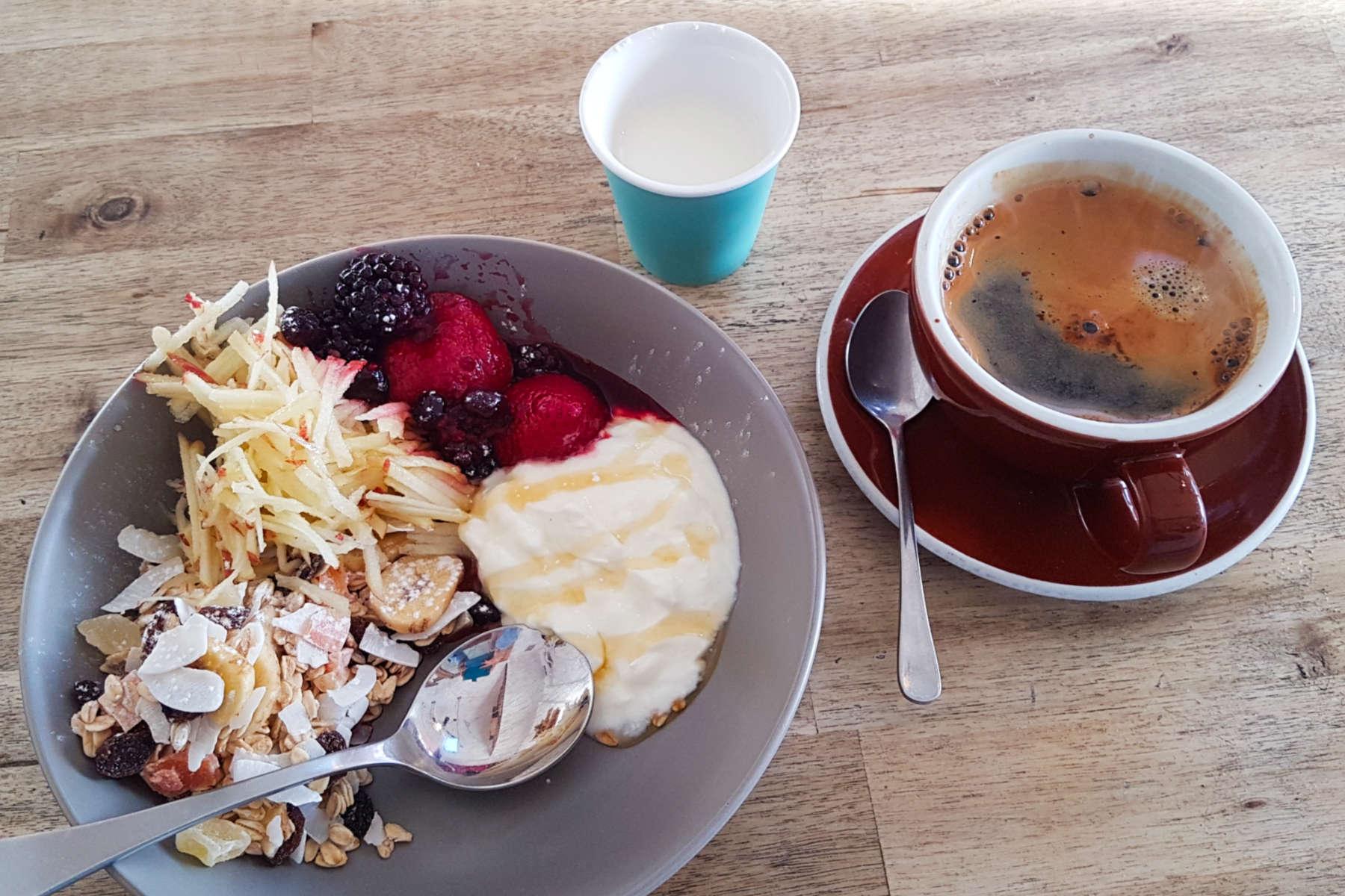 Kelburn Cafe - coffee and muesli