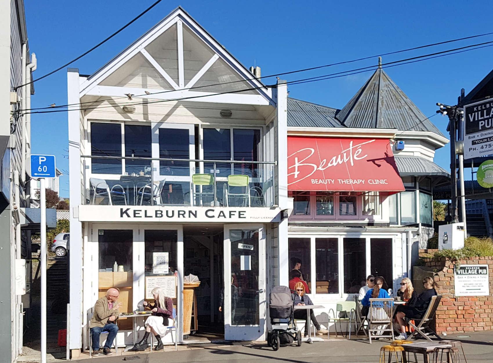 Kelburn Cafe - exterior sunny